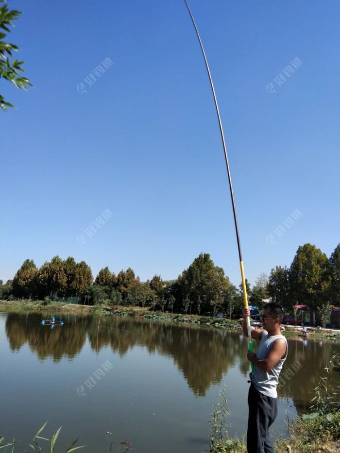 九米鲟鱼竿,10号单钩通线,50斤巨物也可一战