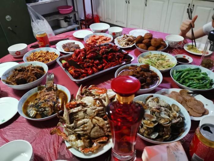 满满一桌美味,满满一桌乡愁