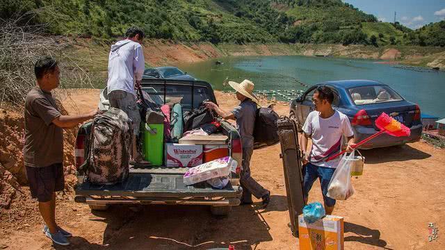 夏季被曬成非洲黑的釣魚人,如何預防中暑