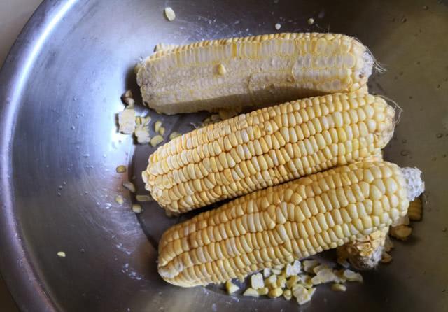 都知道用玉米粒可以钓大鱼,但具体该如何使用