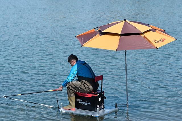 野钓不可或缺的钓鱼工具,全方位解读钓台选择技巧