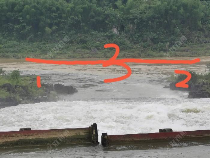常来的钓点,洪水期。