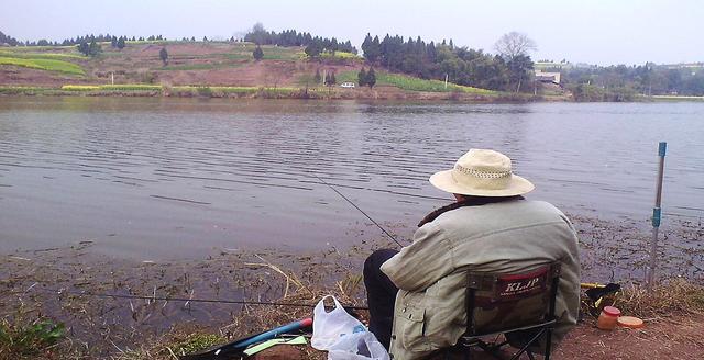钓鱼如若需要办证,你还会喜欢钓鱼吗?