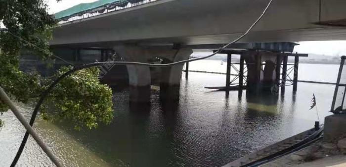 总结的话,还真得看天时(涨潮无风)地利(出江口),我就发现这桥底下鱼多,其他位置不行。