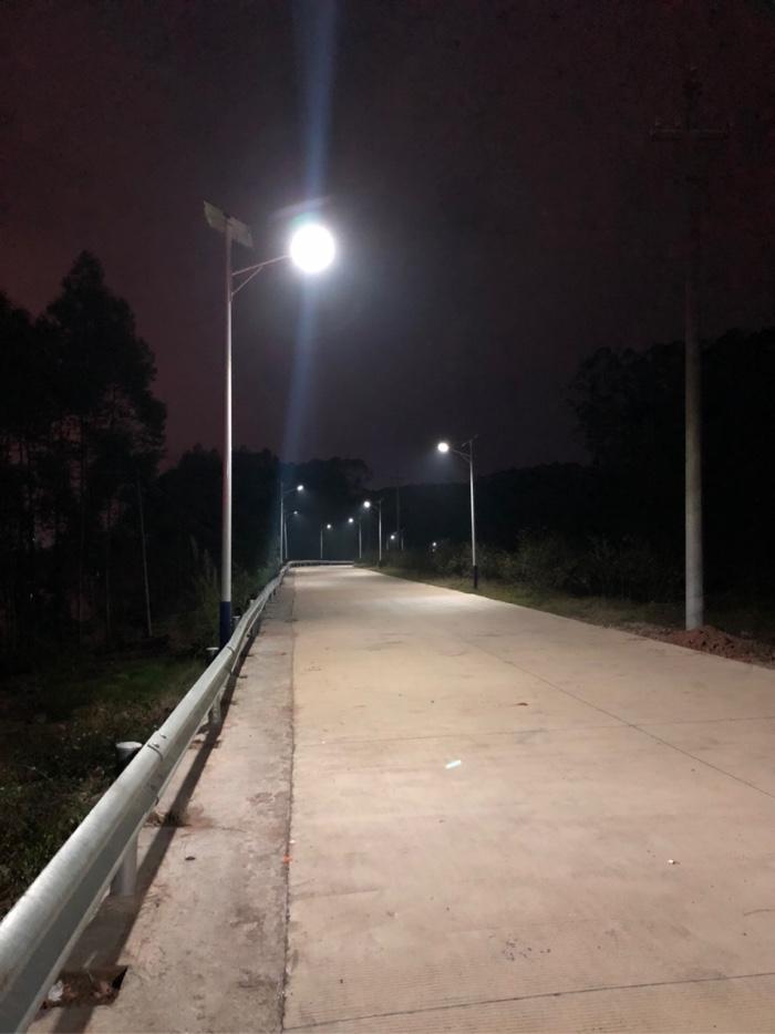 水泥路直达钓点,夜色迷人,环境优美,跑步的的好地方