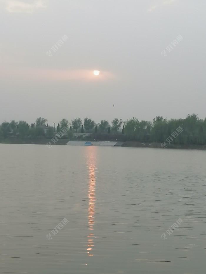 前天的太阳。