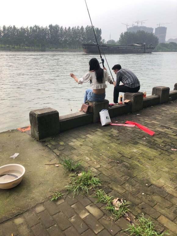 钓鱼是恶习?看看钓鱼人老婆是怎么说的